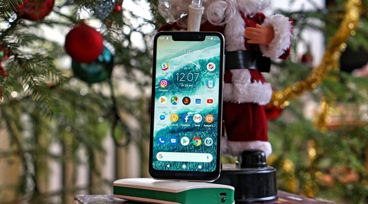 Motorola One, aparaty 2, akumulator 3 tys. mAh, ocena 4 na 5