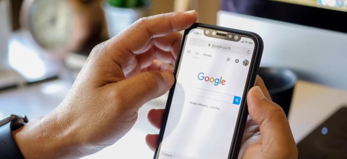 Według Google'a w 2018 roku Polacy kibicowali naszym, robili szparagi i odkryli, że koń ma jeden palec