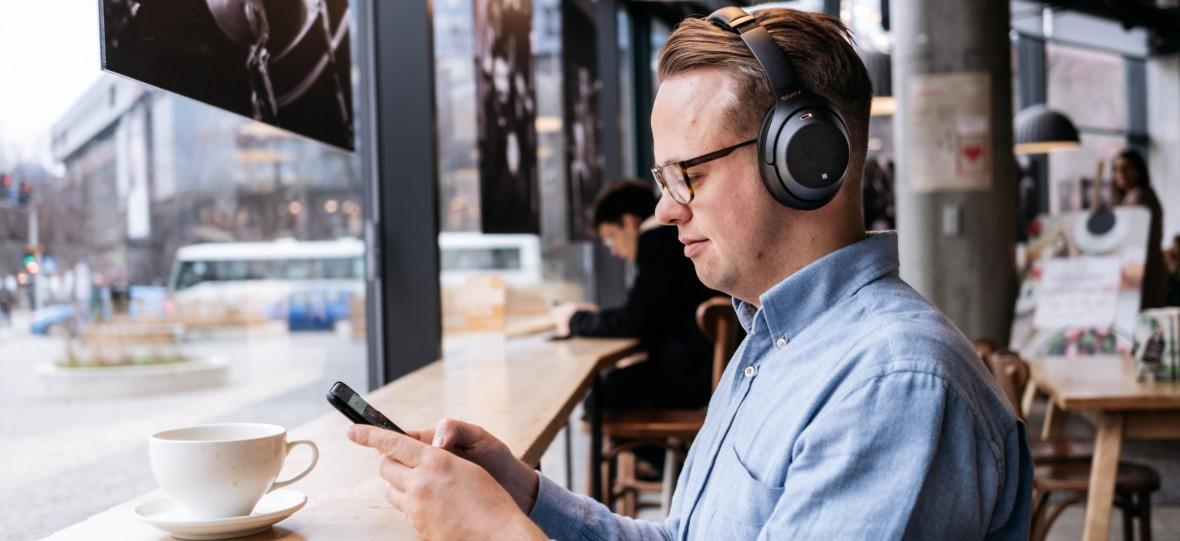 Trochę żałuję,że testowałem Sony WH-1000XM3. Recenzja nowych słuchawek z ANC