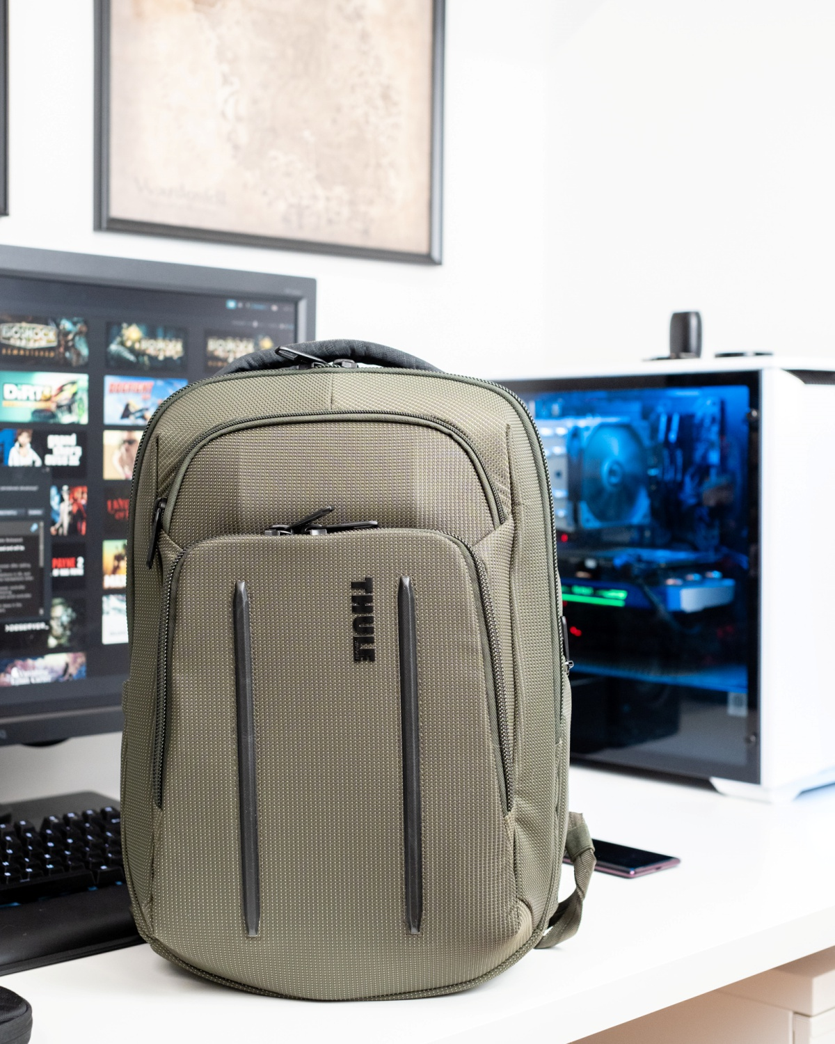 nieuw verkoopt 2018 sneakers This backpack will fit all your gadgets. And more. Thule ...