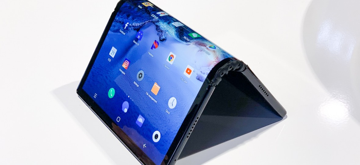 Każdy chce mieć swój składany smartfon. Pełna lista wyginanych telefonów, które wkrótce pojawią się na rynku