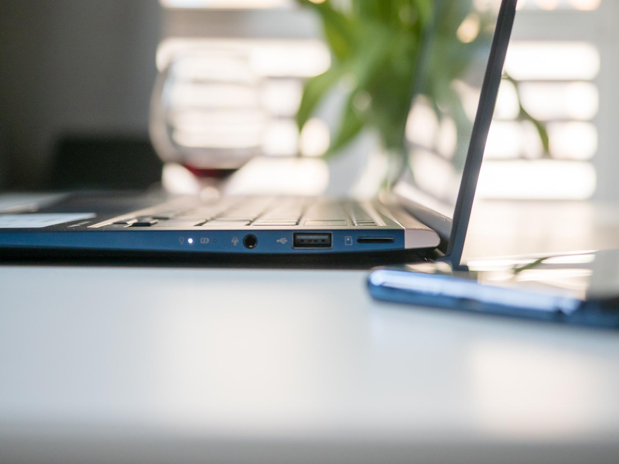 Asus UX433 - recenzja po miesiącu