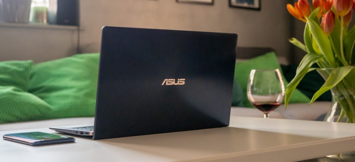 Asus, jak ty mnie zaimponowałeś w tej chwili! Miesiąc z ZenBookiem UX433