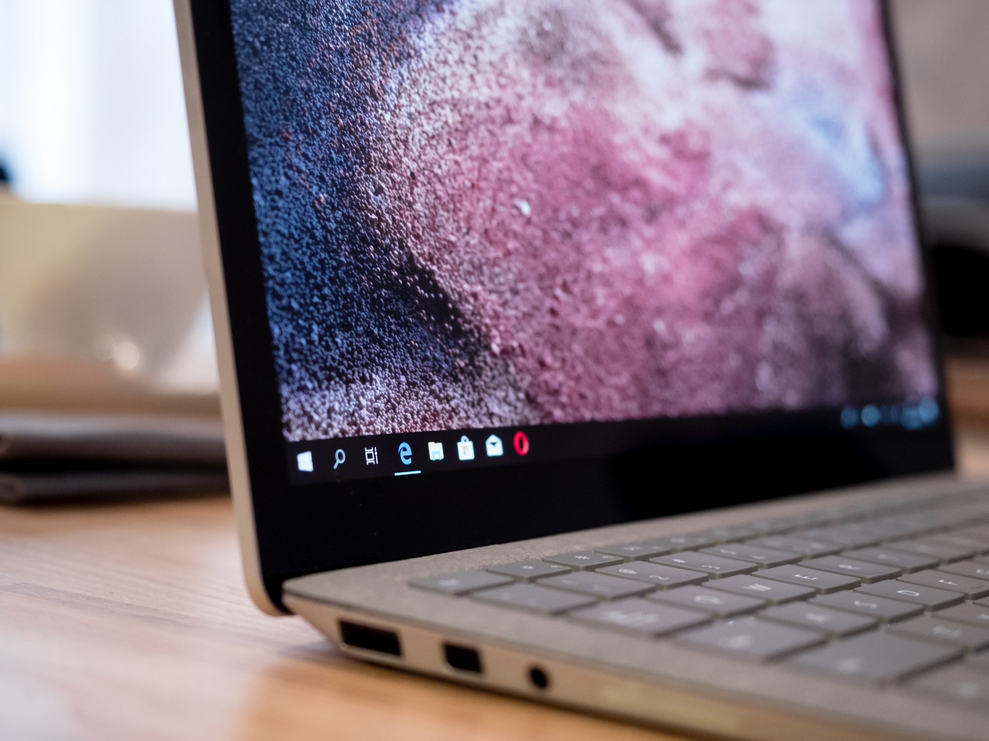 Surface Laptop 2 reviews