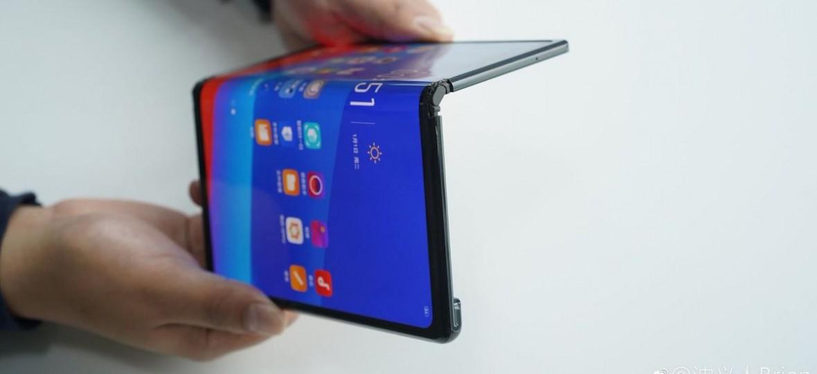 Huawei Mate X i Samsung Galaxy Fold mogą mieć konkurencję. Oto składane smartfony od Oppo i TCL