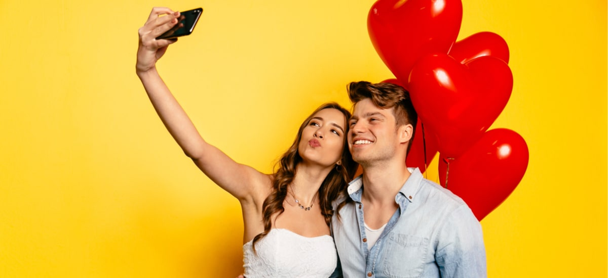 A great opportunity to buy a smartphone or accessories - an overview of the best Valentine s promotions
