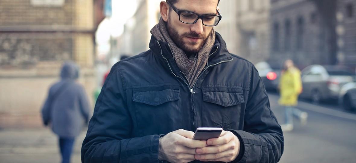 Brawo UOKiK – jedna firma odpowiedzialna za konkursy SMS zwija działalność, a druga musi zapłacić karę
