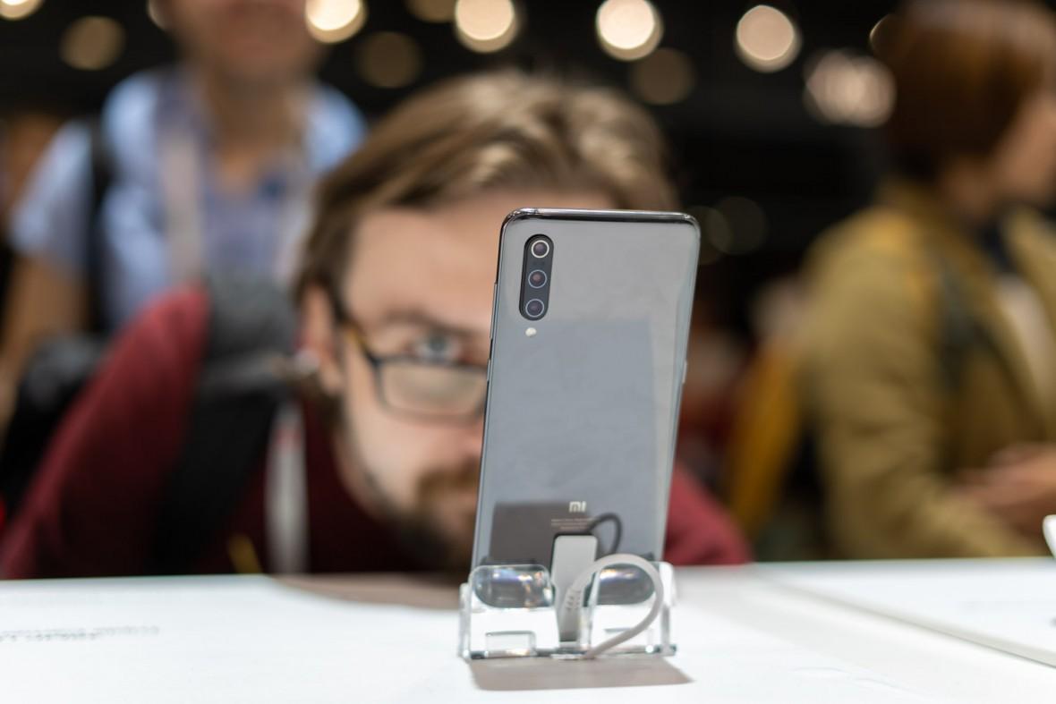 Trudno o lepszy stosunek jakości do ceny. Xiaomi Mi 9 – pierwsze wrażenia
