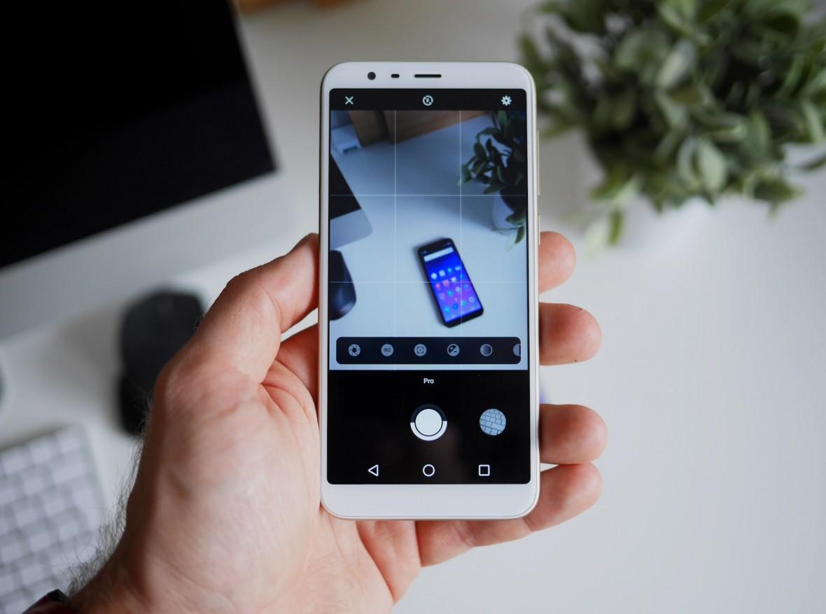 Zestaw na bogato: smartfon Meizu M8C + powerbank + etui + folia na ekran. Cena? Tylko 399 zł
