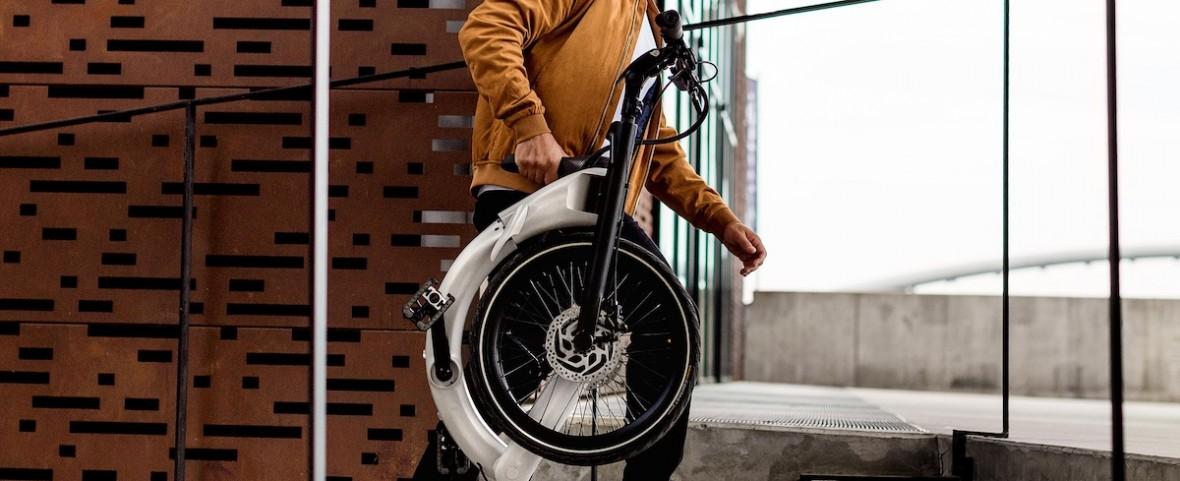 Polak stworzył wyjątkowy, składany rower elektryczny. Może być mały jak walizka