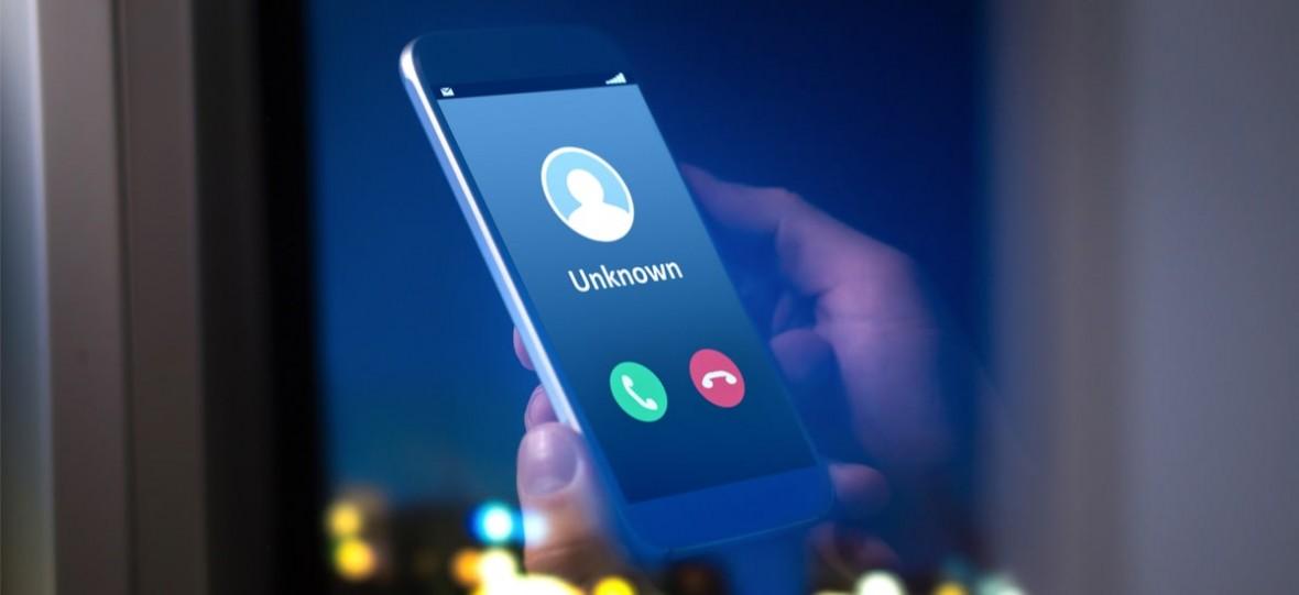 Dowiesz się, kto dzwoni, zanim odbierzesz połączenie z nieznanego numeru. Tak działa aplikacja Czyj to numer