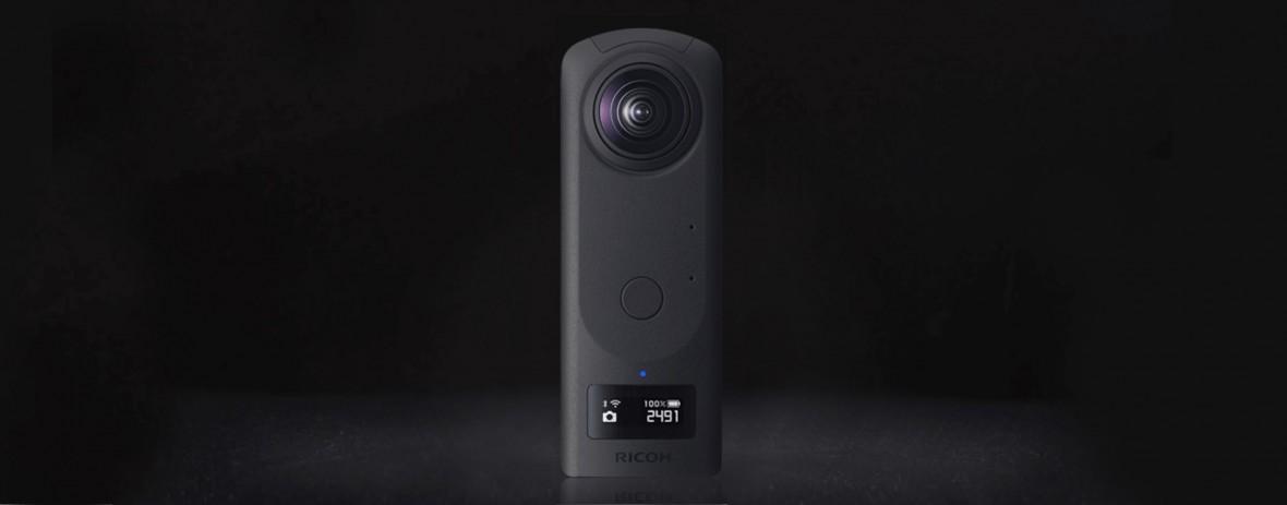 Ricoh Theta Z1 to pierwsza dobra kamera 360. Niestety debiutuje za późno