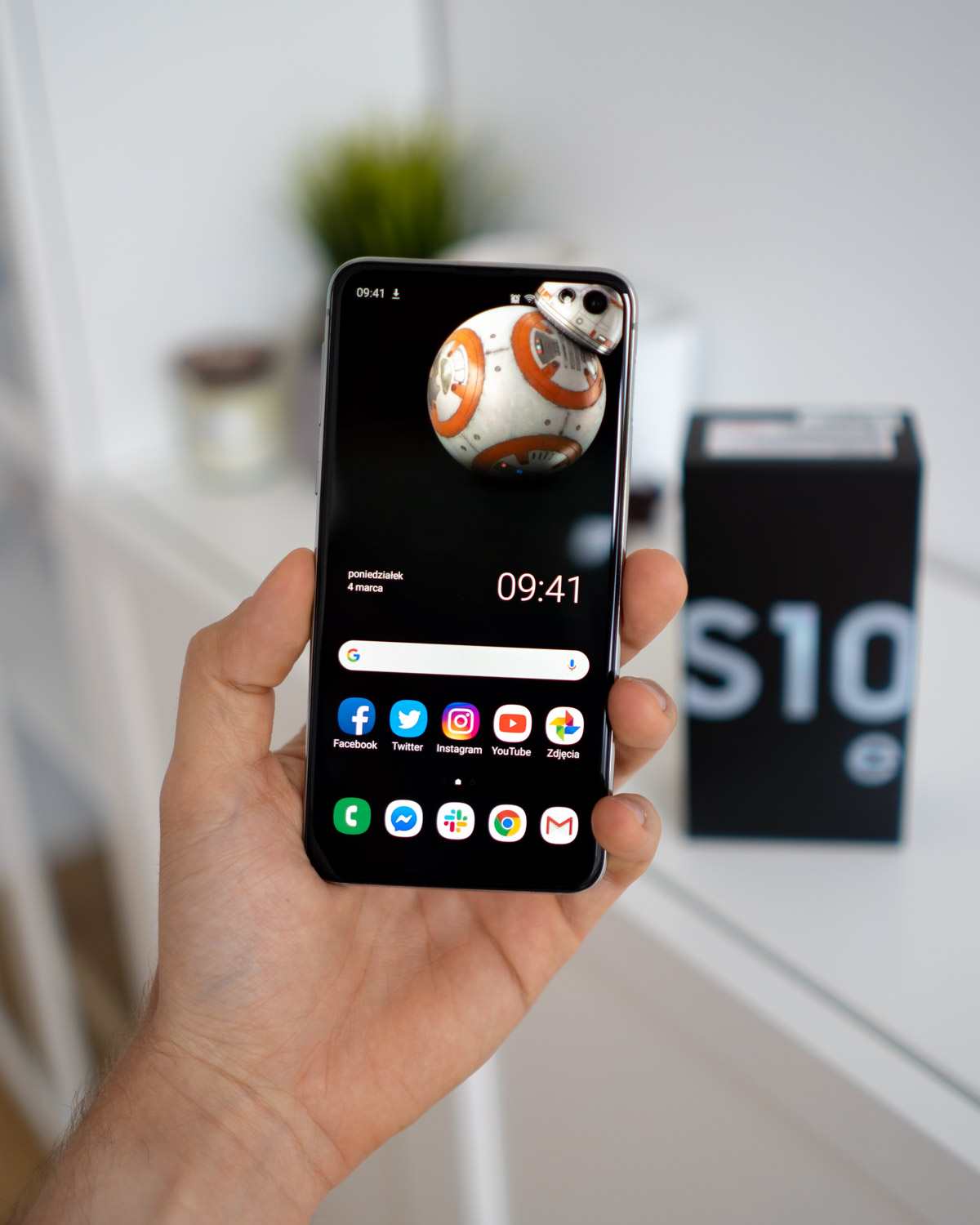 Have You Already Seen The Master Wallpaper On Samsung Galaxy S10