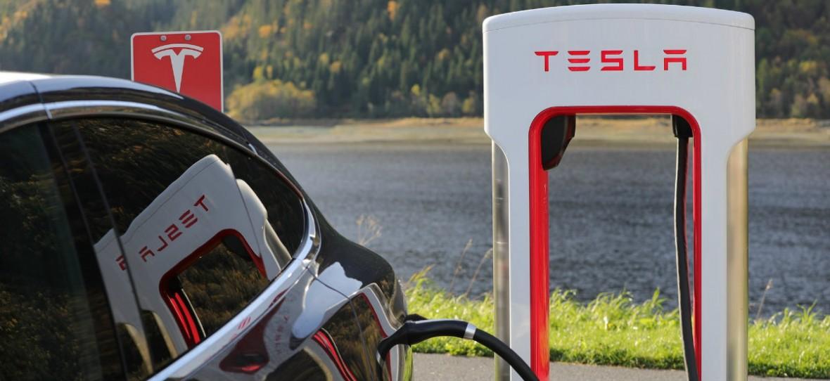 Tesla prosi pracowników, by zamienili się w wolontariuszy. Znów nie wyrabia się z zamówieniami