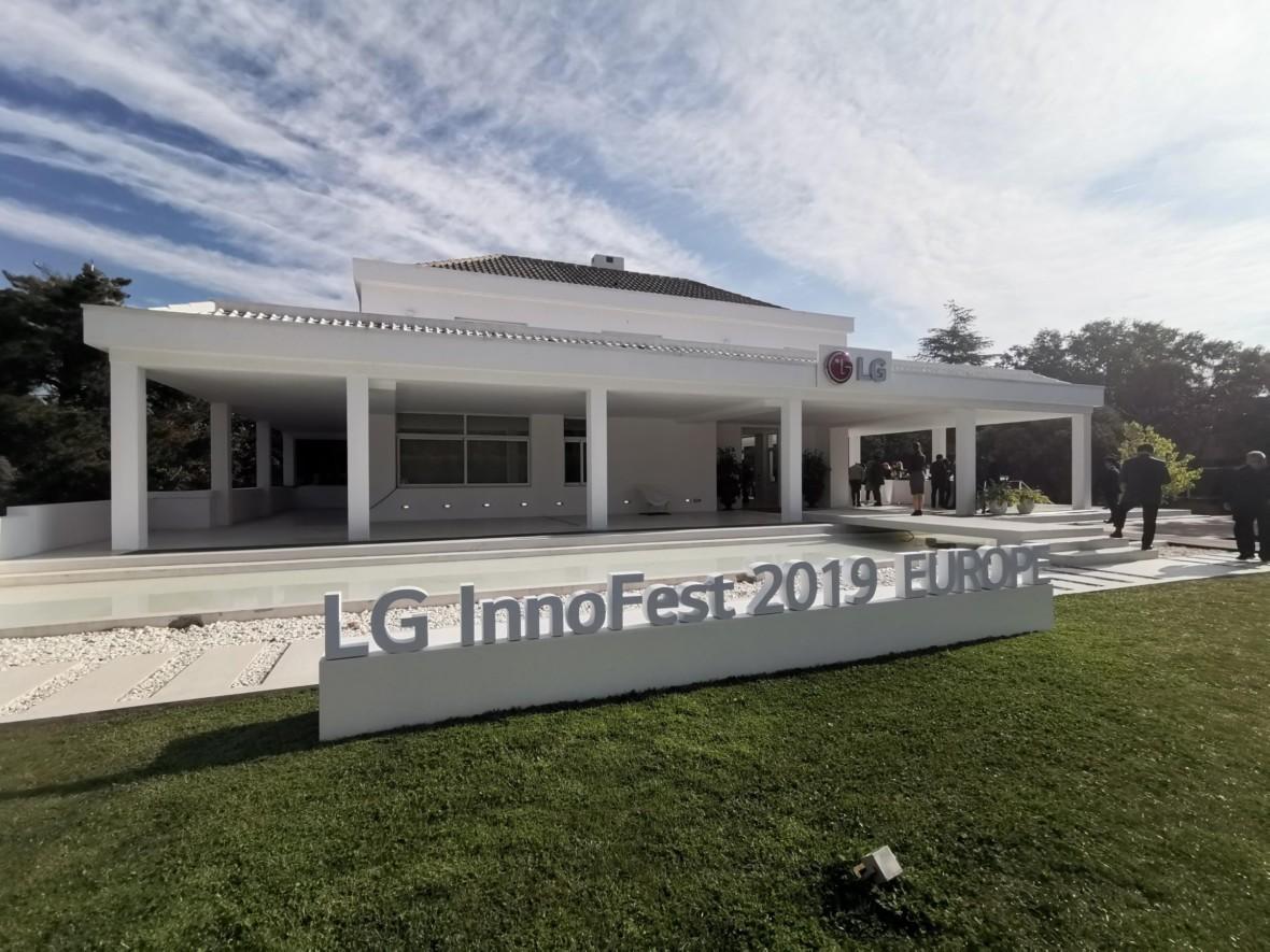 Inteligentny dom według LG to nie futurystyczny przepych, ale miłe dla oka i wygodne lokum