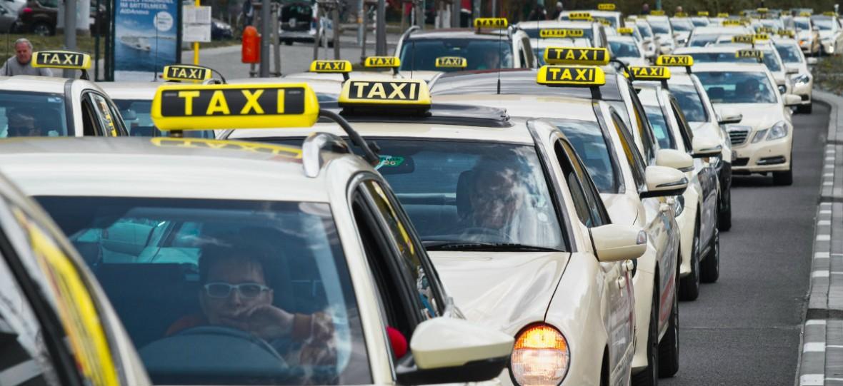Taksówkarze się pogubili. Nie są pewni, co postulowali w rozmowach z rządem