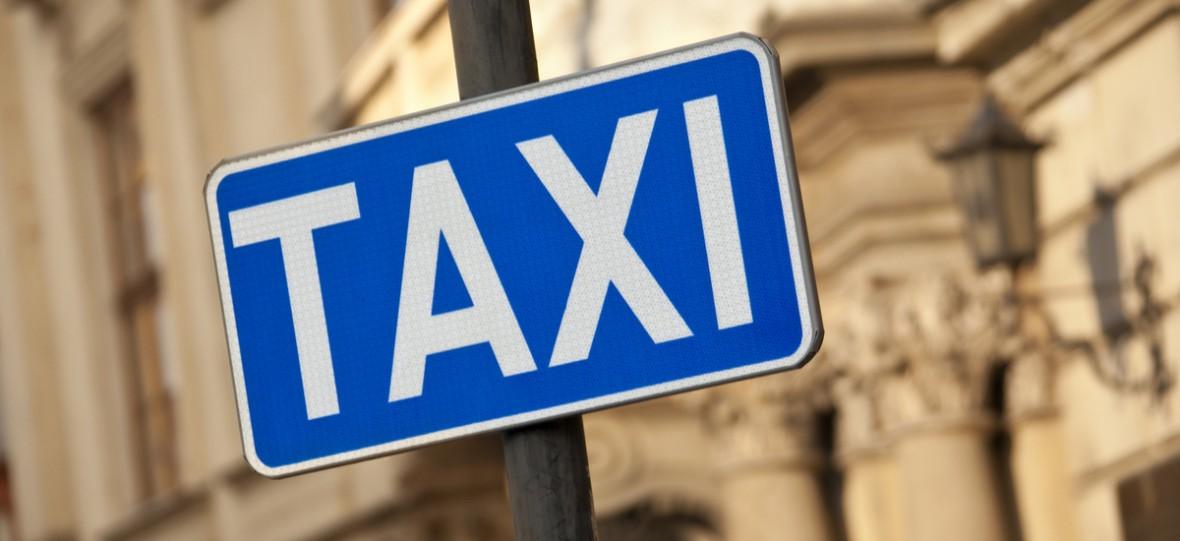 Taksówkarze walczą już nie tylko z Uberem, ale i sami ze sobą. Wystarczyły im dwa dni