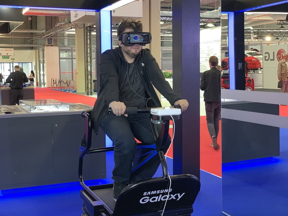 electronics show samsung gear vr 45