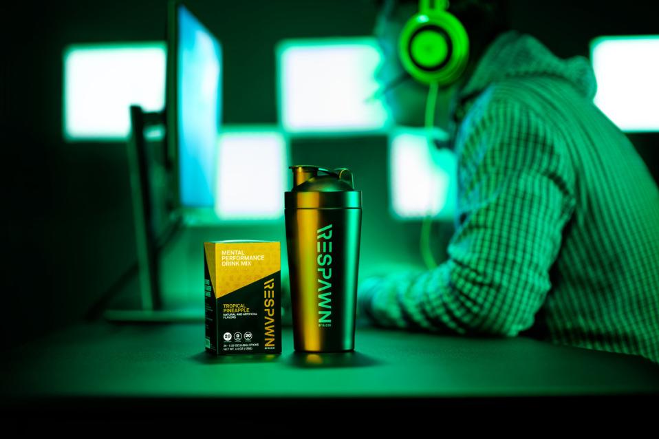 Razer Respawn - odżywka przedtreningowa dla graczy