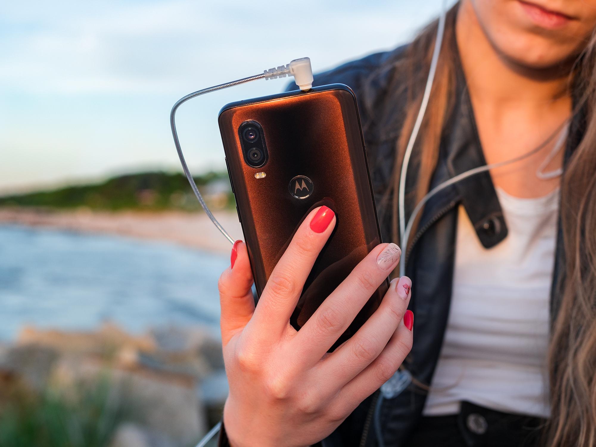 Motorola One Vision opinie