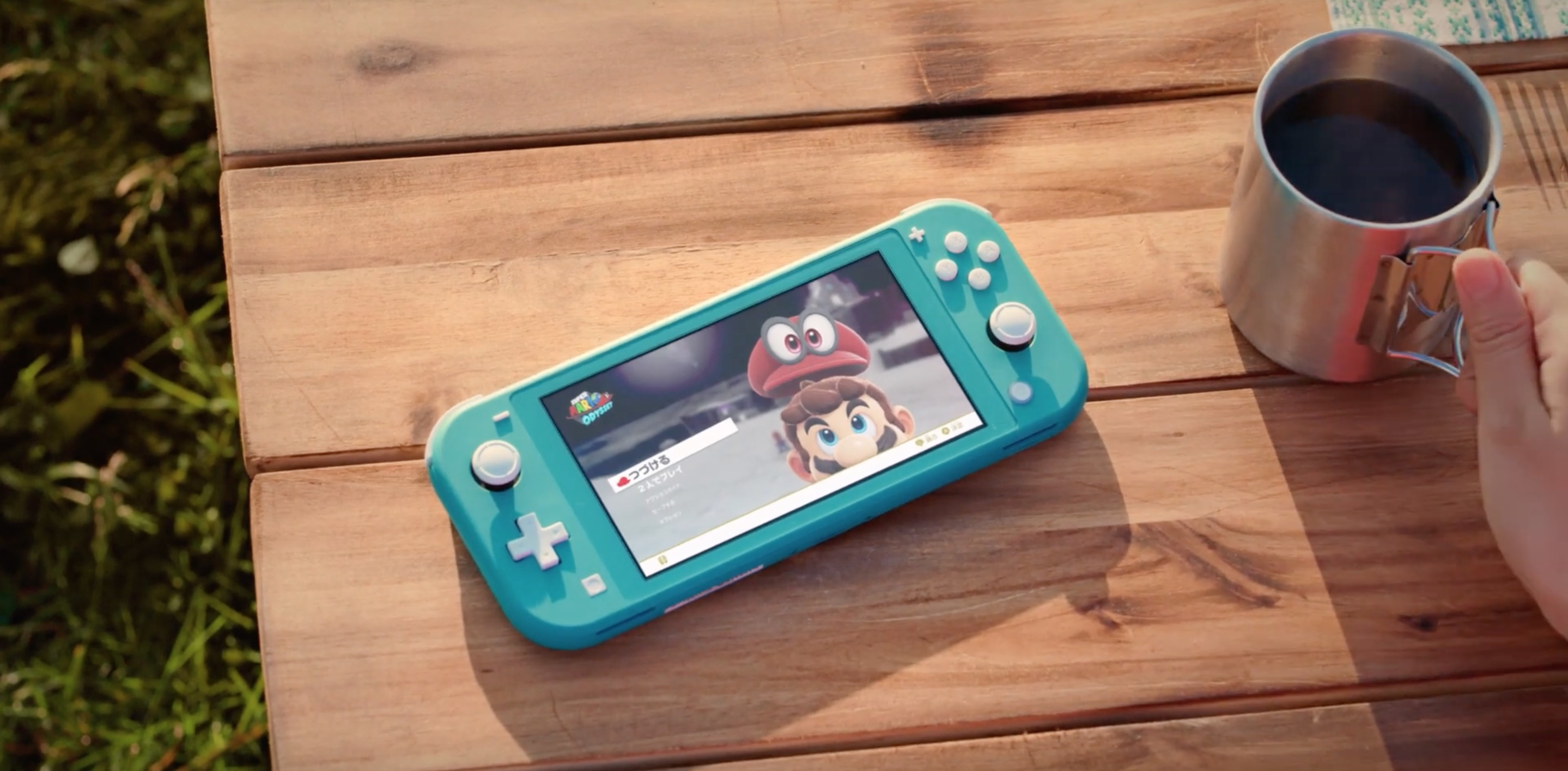 Nintendo Switch Lite versus Nintendo Switch - the biggest differences between the new and old model
