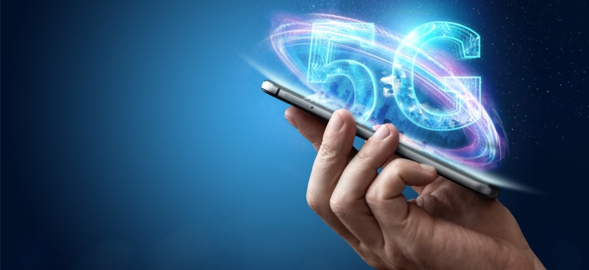 Play rozpoczyna testy sieci 5G. Pilotaż odbędzie się w Toruniu