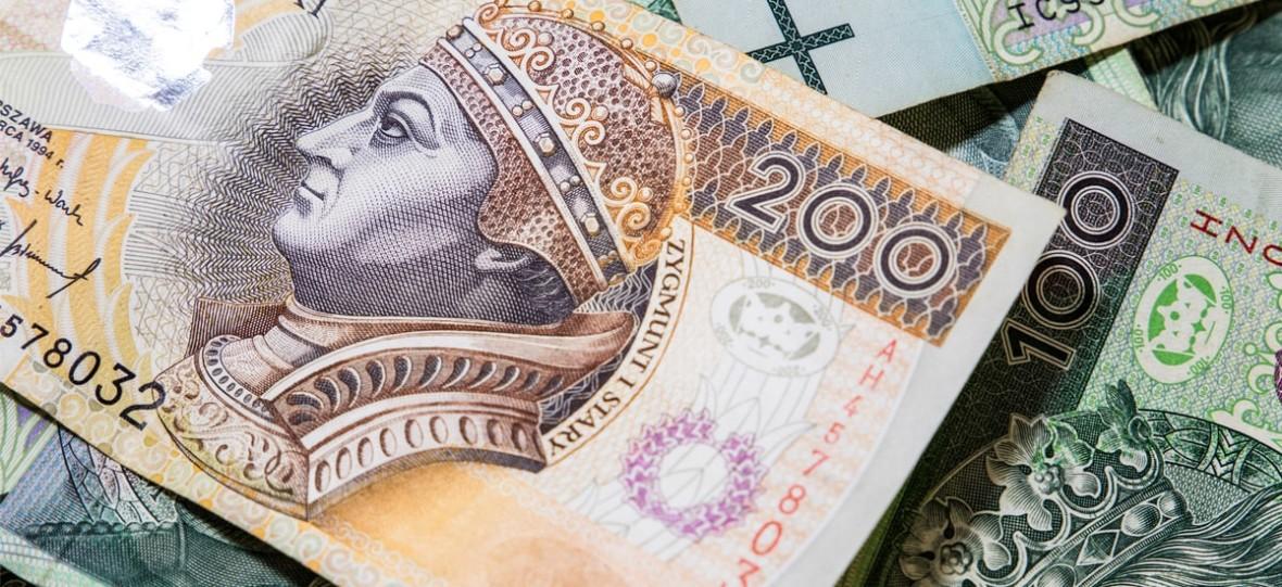Polacy wydają na subskrypcje średnio 476,53 zł i mają ich po 4 na głowę