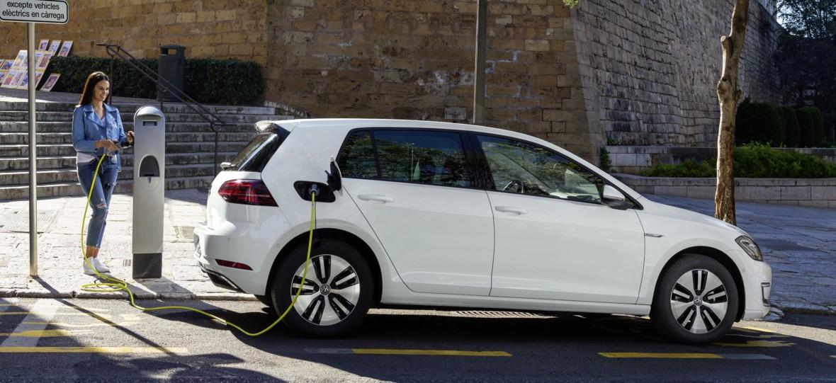Samochód elektryczny to czysta przyjemność z jazdy. Takie Volkswageny będą prawie jak modele GTI