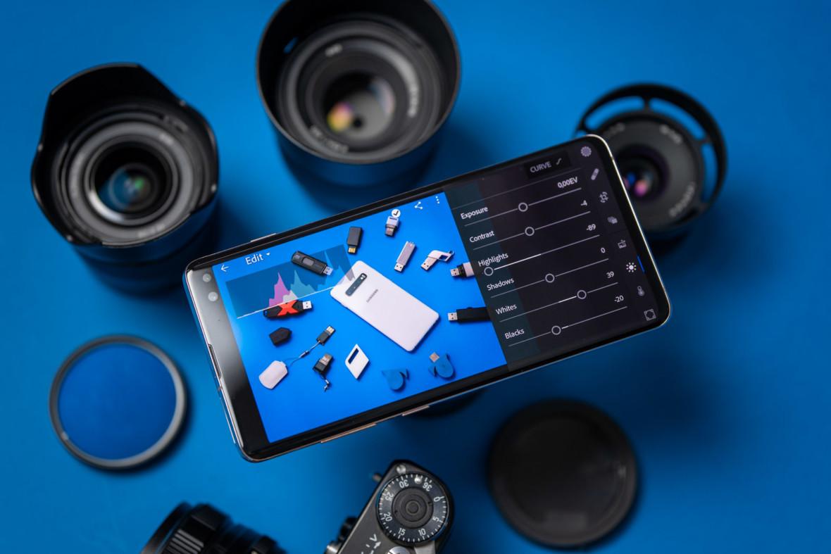 Jak wykorzystać smartfon w pracy fotografa, czyli 1 TB pamięci i Lightroom Mobile w praktyce