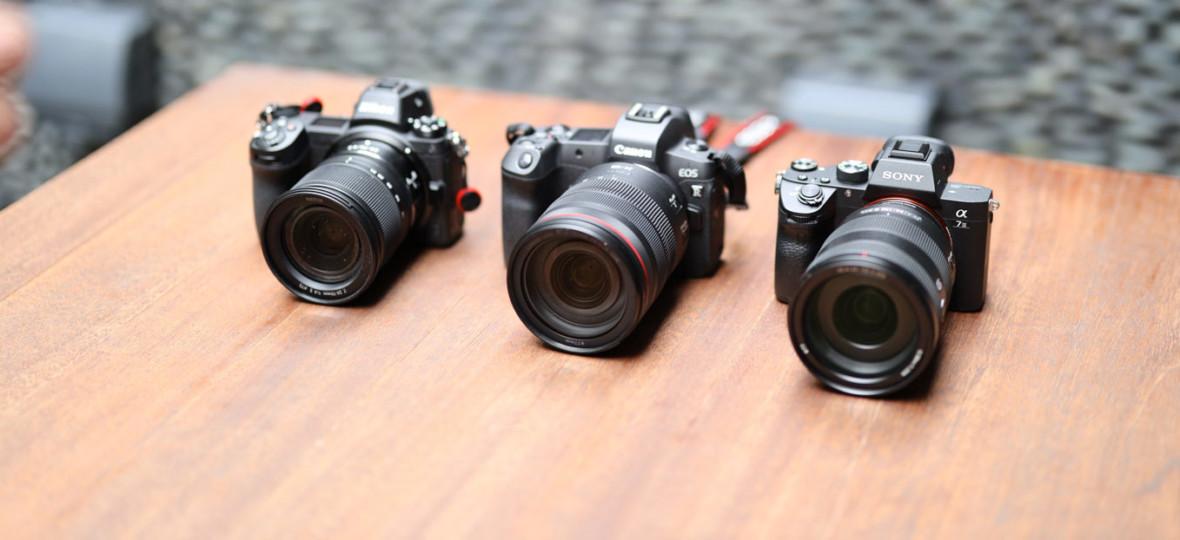 """Rynek aparatów fotograficznych spadł o 22 proc. A to nie koniec. Prezes Canona: """"spadnie o połowę"""""""