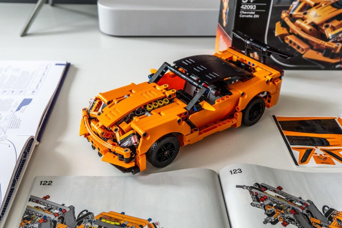 Gramy bez prądu: LEGO Chevrolet Corvette ZR1 to świetny stosunek ceny do zawartości. Pozytywne zaskoczenie