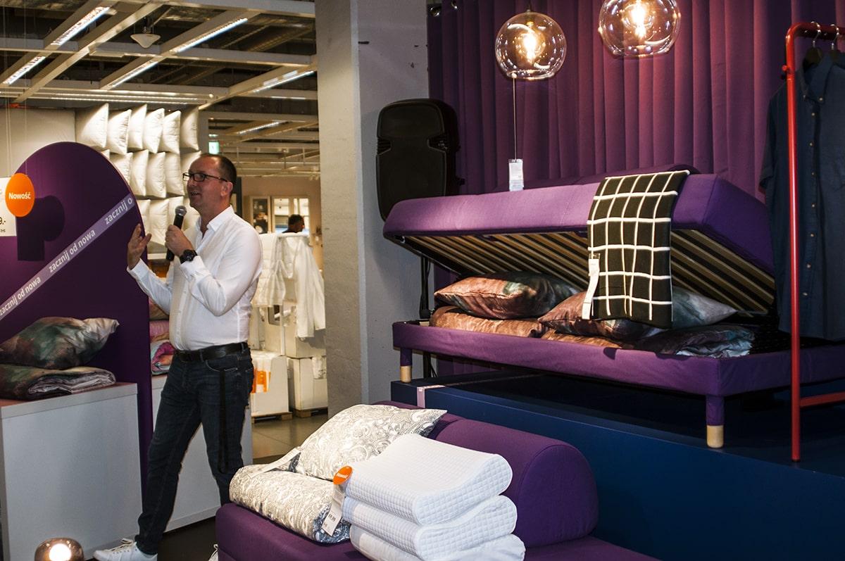 Ikea katalog poduszki i materiały