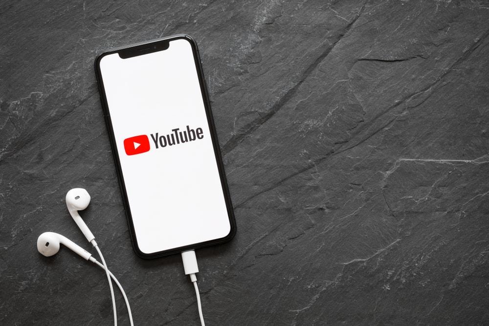 Nie nagrywam wideo, bo czytam umowy. YouTube w 2018 r. ponad 30 razy aktualizował regulamin