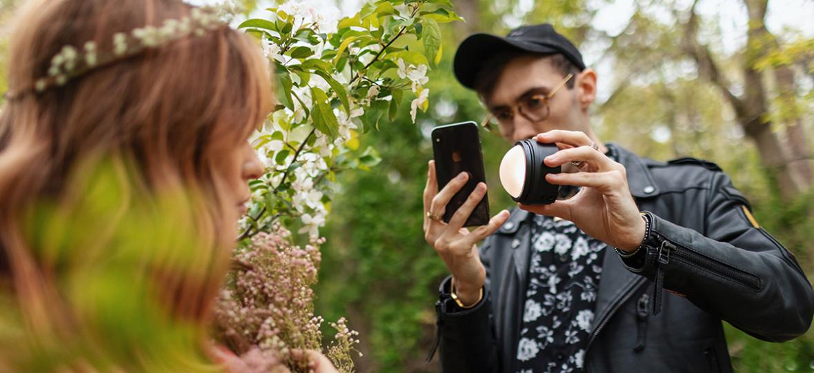 Profoto C1 i C1 Plus to studyjne i mobilne lampy błyskowe do iPhone'a