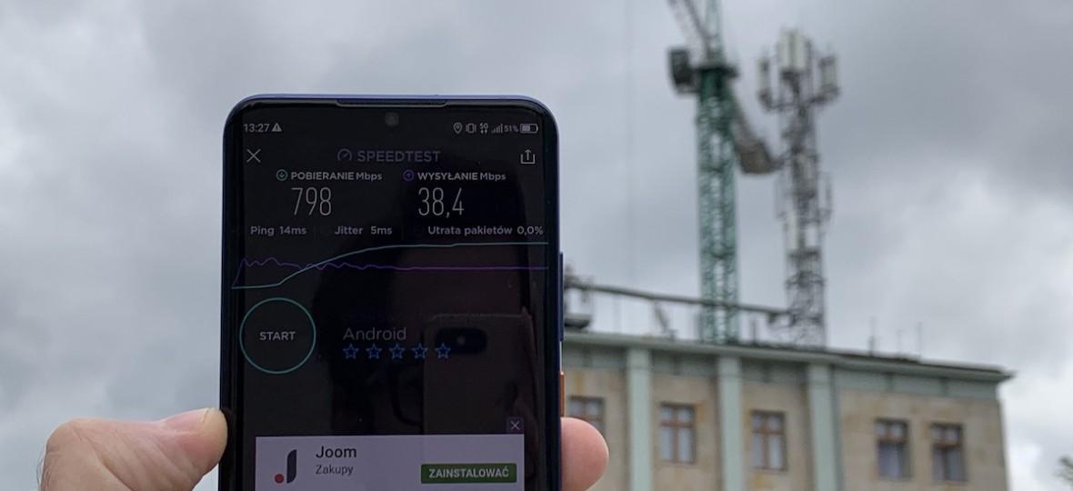 Sprawdziliśmy sieć 5G w Warszawie. Niemal gigabit bez kabli jużdziała – pierwsze wrażenia