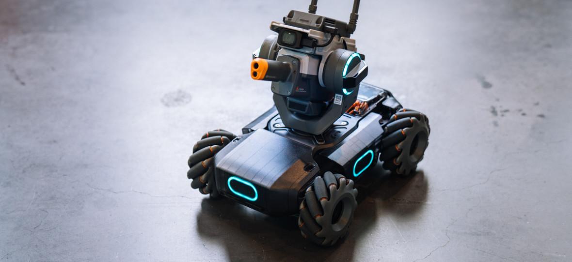 Widziałem zabawkę przyszłości. DJI Robomaster S1 uczy kodowania i strzela laserem