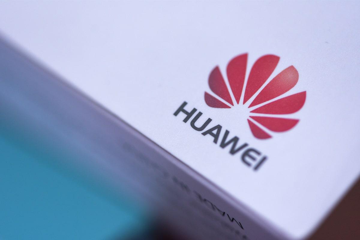 Harmony OS już nie tylko na telewizorach Huawei. Na razie nie trafi jednak do telefonów i laptopów