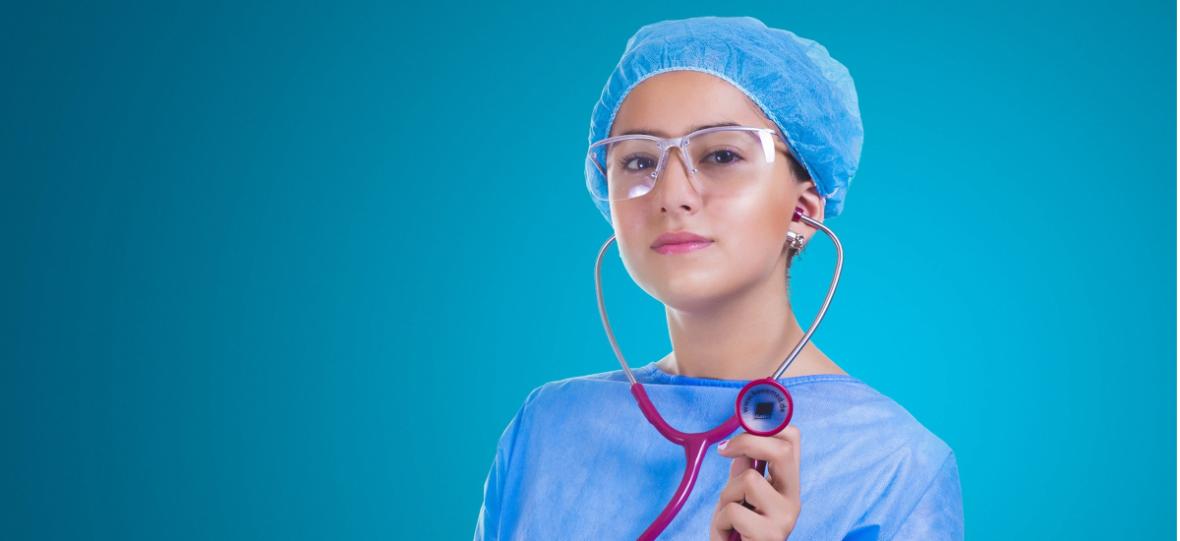 Sztuczna inteligencja nie zastąpi lekarza, ale sprawi, że będziemy u niego rzadziej