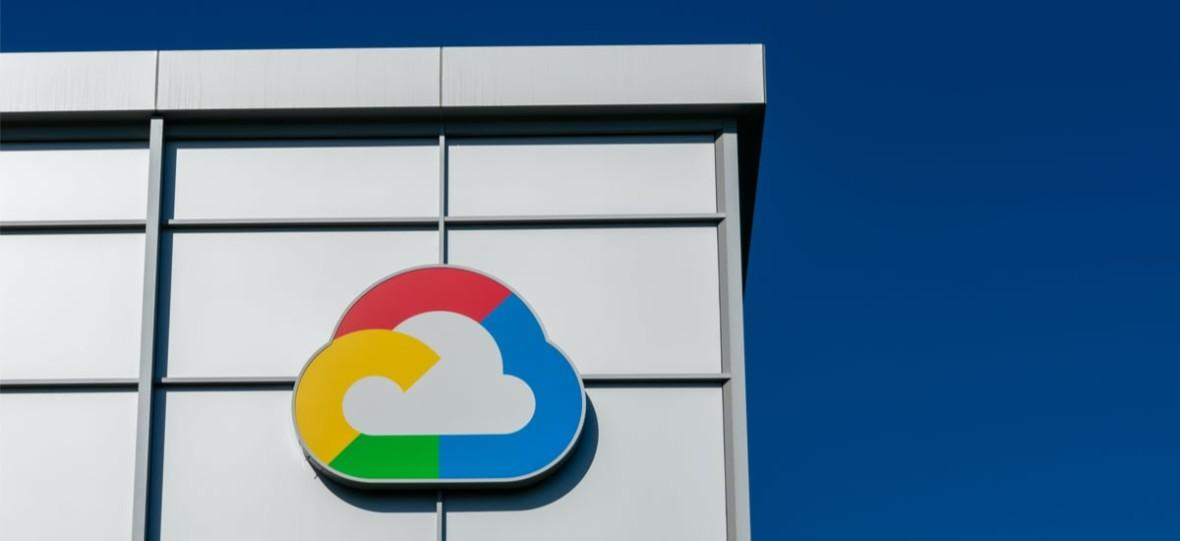 Polacy robią chmurę krajową z Google'em. FBI może wkładać tam nos