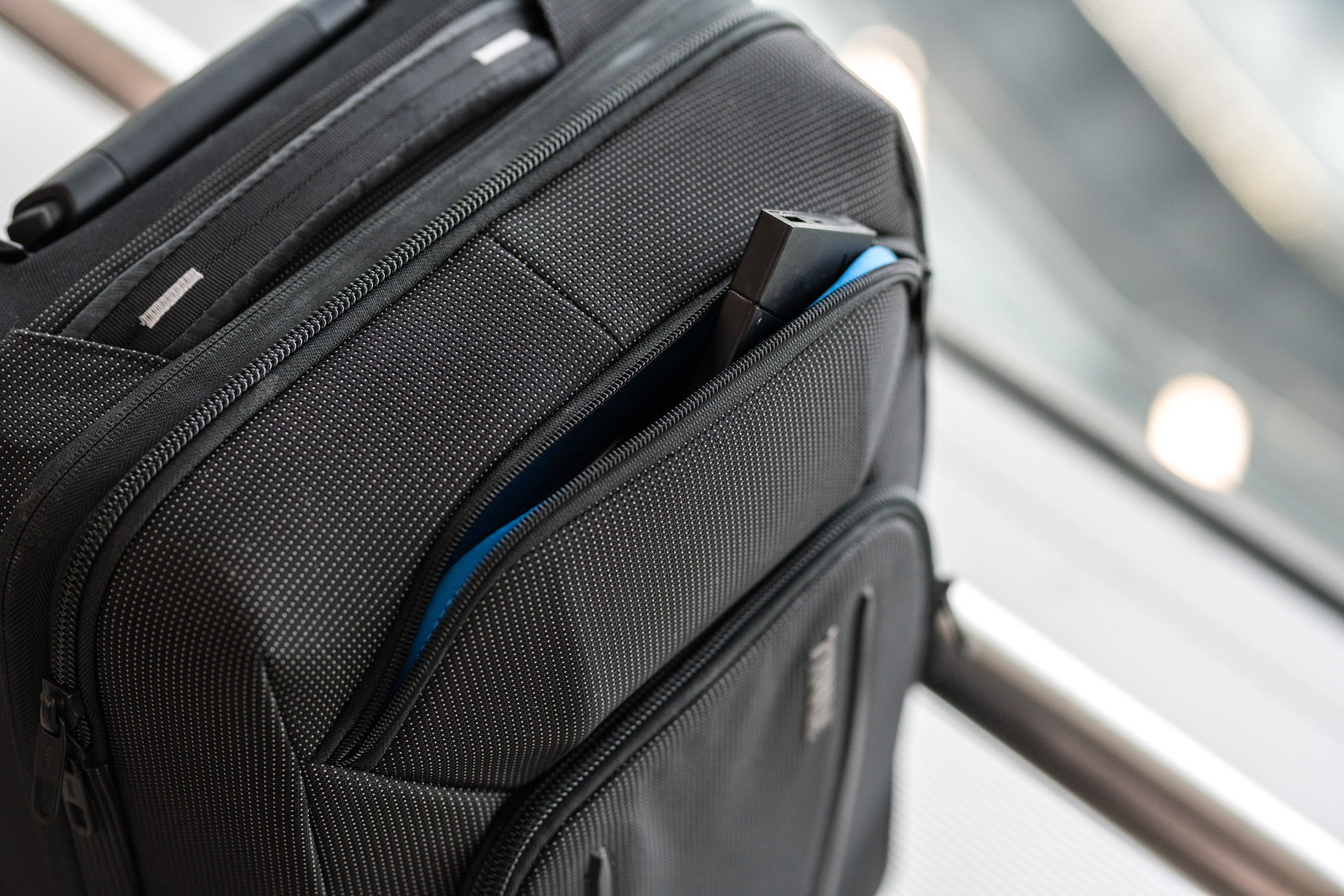 Thule Crossover 2 Carry On Spinner opinie