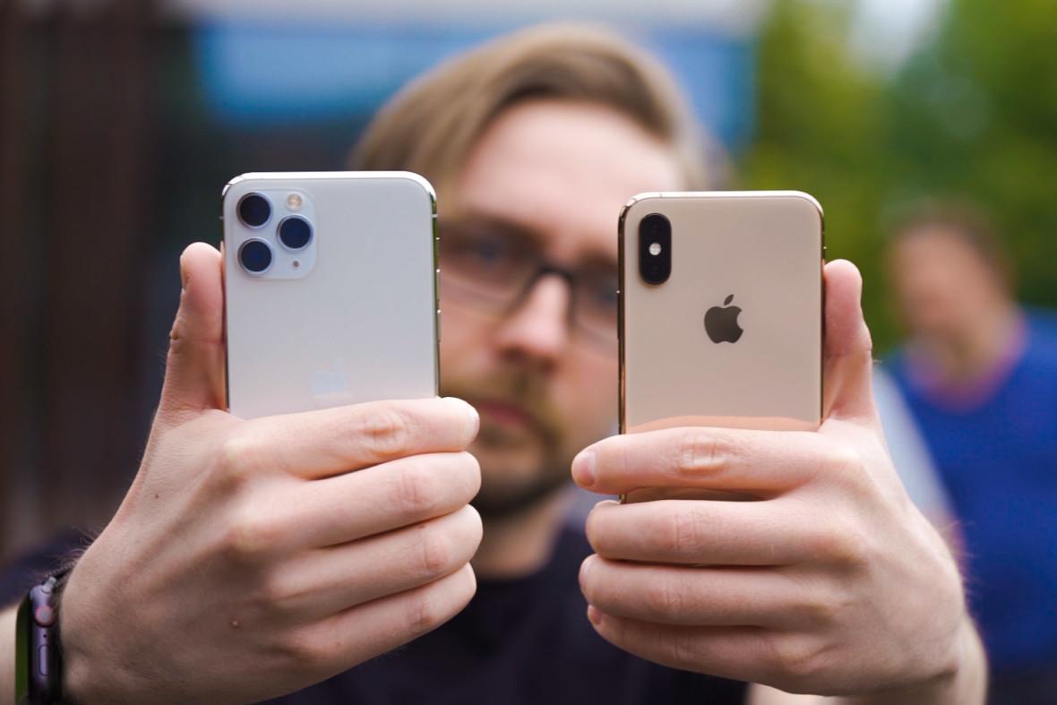 Gdy korzystasz z apki Facebooka, kamera smartfona cały czas działa. Chcę wierzyć, że to jednak głupi błąd