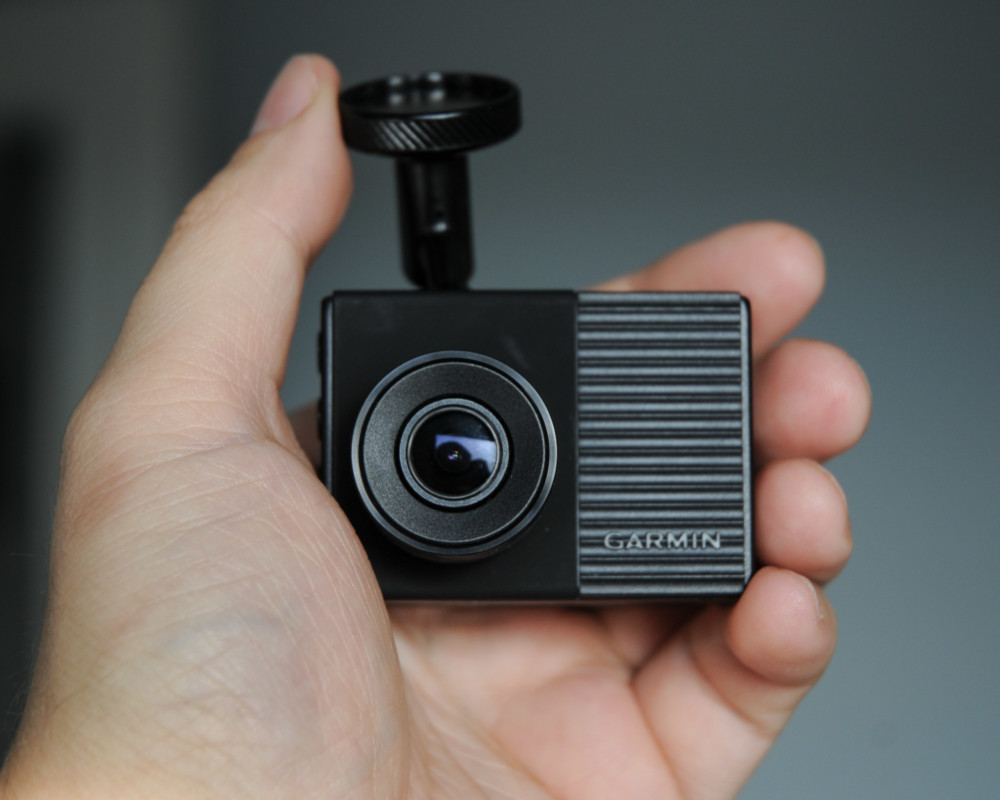 Garmin Dash Cam 56 - recenzja