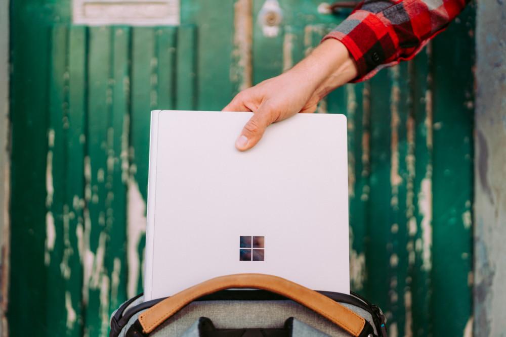 "Jaki laptop dla fotografa? Microsoft Surface Book 2 15"""