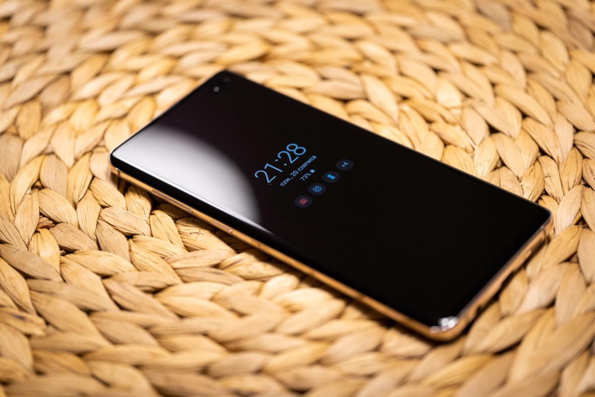 Szybko przyszło, szybko poszło. Samsung chce się wycofać z ultradźwiękowych czytników linii papilarnych