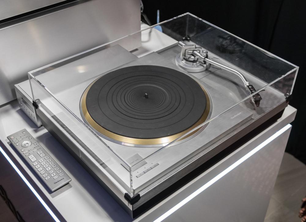 technics-gramofon-1