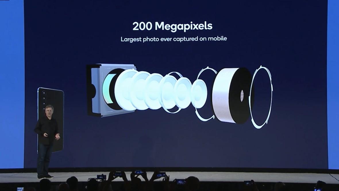 200 megapikseli w smartfonach już w przyszłym roku. Szykuje się nowa generacja aparatów