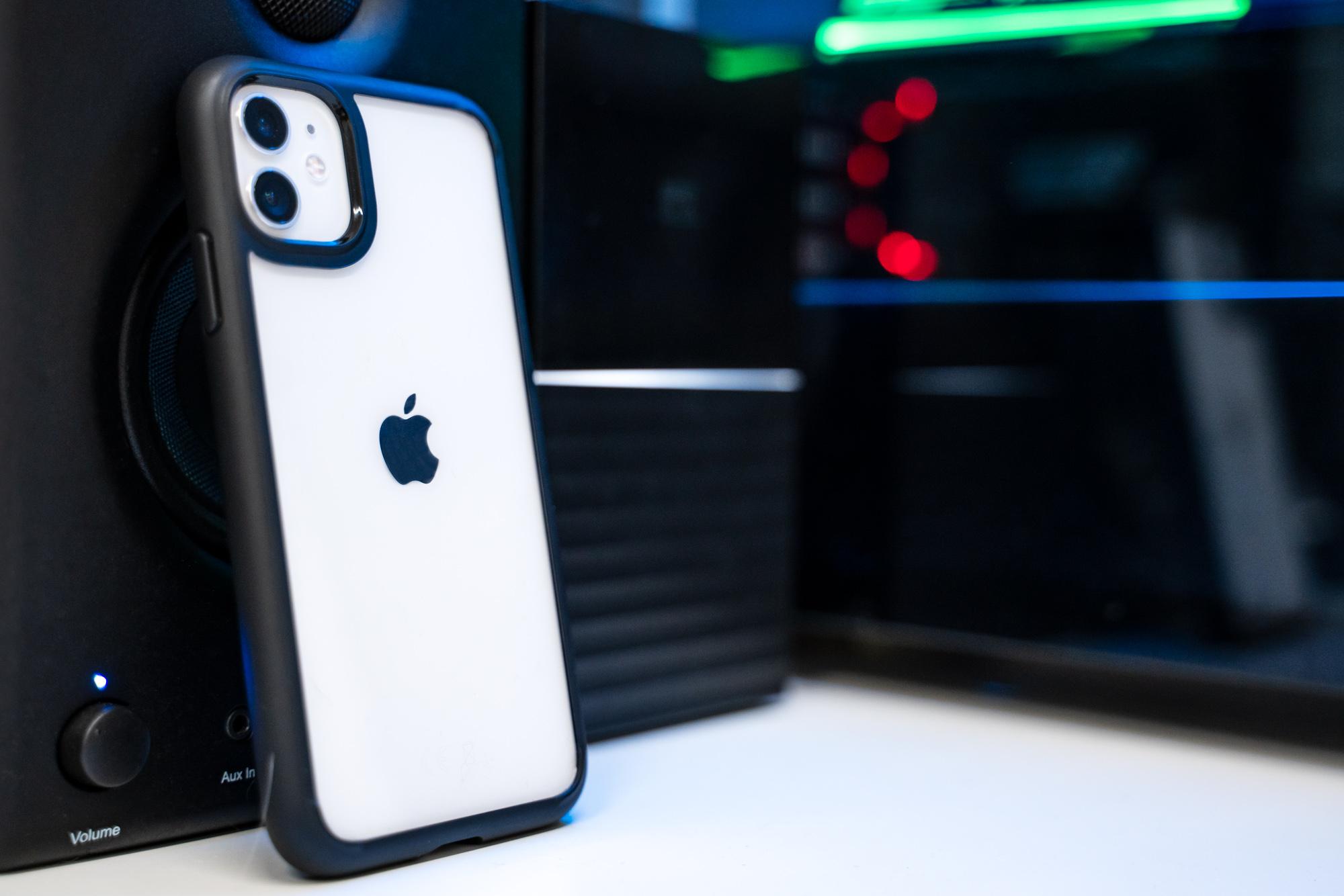 Spigen Ultra Hybrid iPhone 11