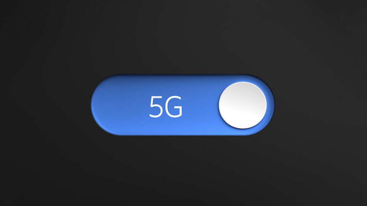 Który z telekomów pierwszy wdroży 5G w Polsce? Piłka nadal w grze