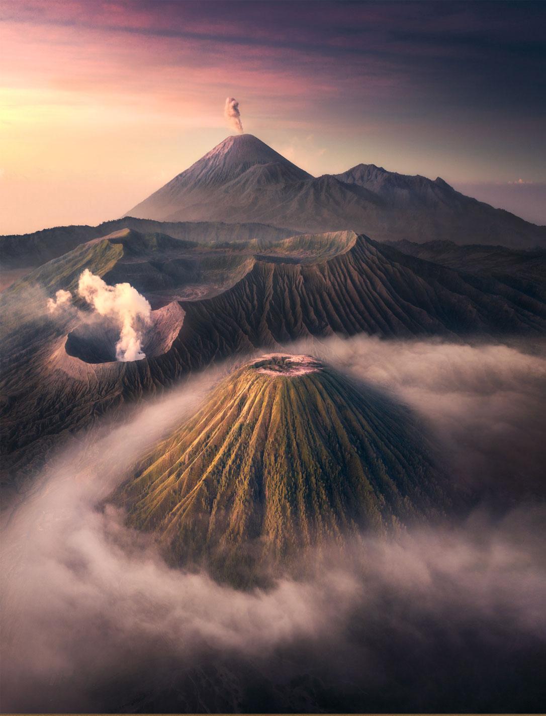 Grand Prize: 'Top of Java', fot. Tony Wang (China)
