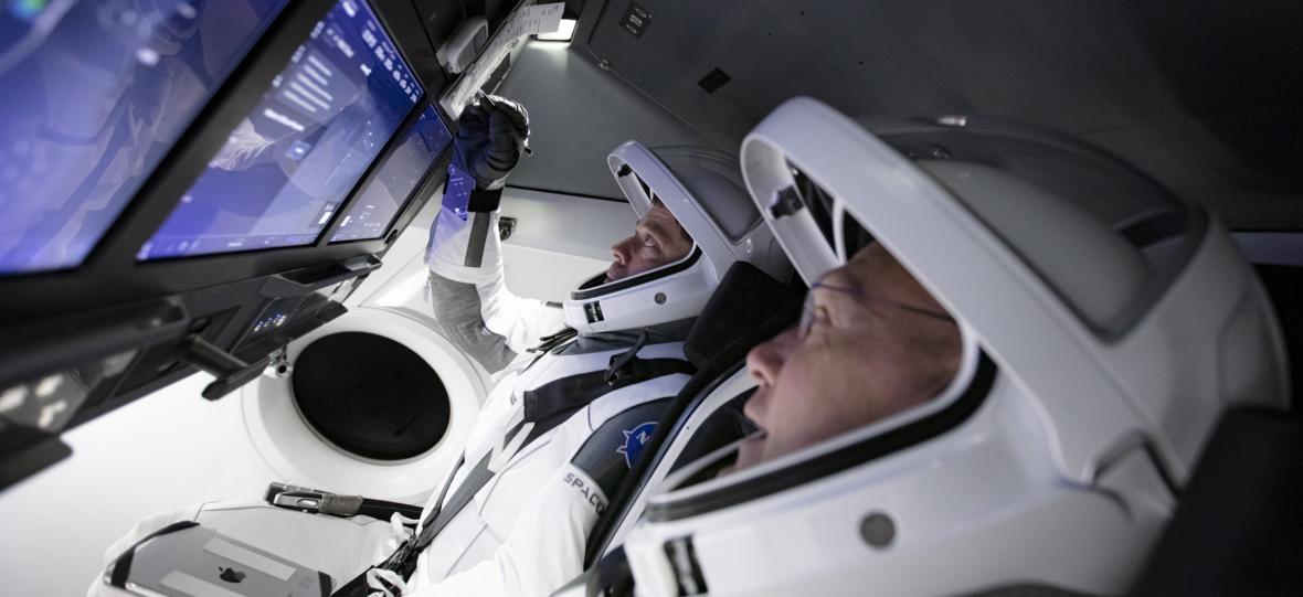 NASA i SpaceX ćwiczą procedury przed pierwszym lotem załogowym Crew Dragona